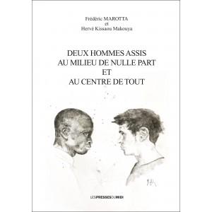 DEUX HOMMES ASSIS AU MILIEU...